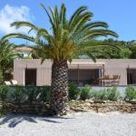 Hotel Pictures: Villa la Restanque les pieds dans l'eau, Le Lavandou