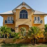 Casa del Sol Tobago, Bon Accord Village