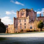 Hotel Pictures: Dalhousie Castle Hotel, Bonnyrigg