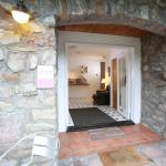 Hotel Pictures: Ewenny Farm Guest House, Bridgend