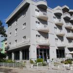 Hotel Marika, Golem