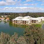 Foto Hotel: Lakeside Holiday Apartments, South Yunderup