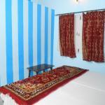 Elvis Guest House,  Varanasi
