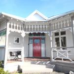 Clarence House - Christchurch Holiday Homes,  Christchurch