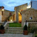 Casa de los Monegros, Sangarrén