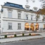 Red Baron Hotel & Restaurant, Świdnica