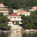 Apartments Holiday,  Lumbarda