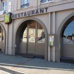 Hotel Pictures: Aux 3 Arcades, Bourbourg
