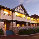 Фотографии отеля: Caves House Hotel, Яллингап