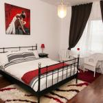 Premium Apartment- RedBed Self-Catering,  Bucharest