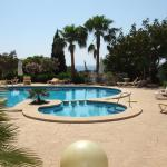 Hotel Pictures: Chalets Torre Nova, Cala Santanyi