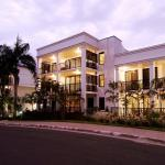 Elysium Apartments,  Palm Cove