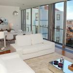 Lisbon Inside Connect - Santa Catarina Luxury Apartments, Lisbon