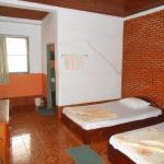 Khemngum Guesthouse 1,  Thalat