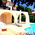Corallia Beach Villas No2, Coral Bay