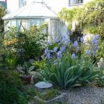 Emms Cottage, Par