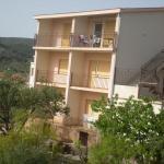 Apartments Jelica, Slatine
