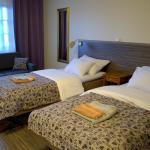 Hotel Pictures: Kartanohotelli Saari, Reisjärvi