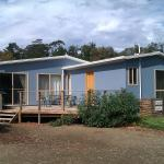 Hotel Pictures: Bruny Island Beachside Accommodation, Dennes Point