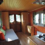 Hotel Pictures: Roulotte La Cardelinha, Sadroc