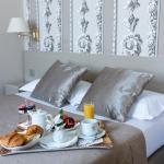 Hotel Pictures: Hôtel la Residence Du Berry, Versailles