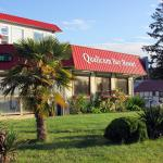 Hotel Pictures: Qualicum Bay Resort, Bowser