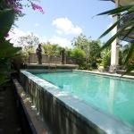 Padang Padang Surf Villa, Uluwatu