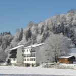 Hotel Pictures: Landhotel tourist24.at, Rosegg