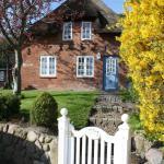 Hotel Pictures: Reetdachhaus Ohl Dörp, Wyk auf Föhr