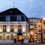 Hotel Pictures: Hostellerie du Cheval Noir, Moret-sur-Loing