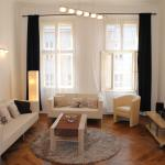 Beautiful downtown apartments with balcony, Prague