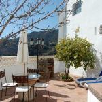 Hotel Pictures: El Algarrobo, Algatocín