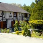 Hotel Pictures: Le Val Godard, Fresnay-le-Samson