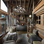 Hotel Pictures: Chalet Makalu, Courchevel