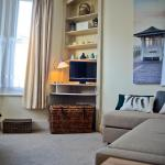 Central Beach Apartment, Worthing