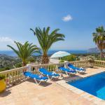 Hotel Pictures: Abahana Villa Albatros, Benissa