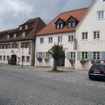 Hotel Pictures: Zum Schwarzen Ross, Hilpoltstein