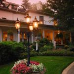 Brockamour Manor Bed and Breakfast, Niagara on the Lake