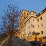 Golden Apple Apartments, Prague