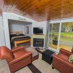 Hotel Pictures: Safe Haven Cottage Resort, Algonquin Highlands