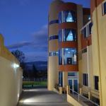 Hotel Pictures: Hotel Versailles, Ambato