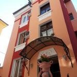 Orange Flower Apartments, Sofia
