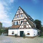 Hotel Pictures: Landhotel Altes Wasserwerk, Freinsheim