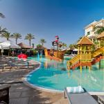 Hotel Pictures: Red Level for Families at Gran Melia Tenerife, Alcalá
