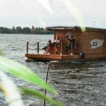Hotel Pictures: Hausboot am Plauer See, Margarethenhof