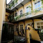 PVH Charming Flats Vlasska, Prague