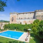 Hotel Pictures: Posada Real Castillo del Buen Amor, Villanueva de Cañedo