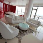Red & White Helios City Apartment,  Vilnius