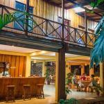 Hotel Pictures: H&B Lodge Restaurant, Tambor