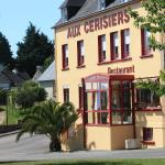 Hotel Pictures: Hôtel Aux Cerisiers, La Forêt-Fouesnant